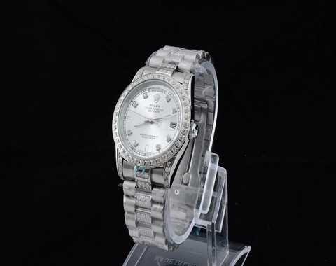 Guess collection montres femmes nouvelle montre homme 2013 - Montre guess homme nouvelle collection ...