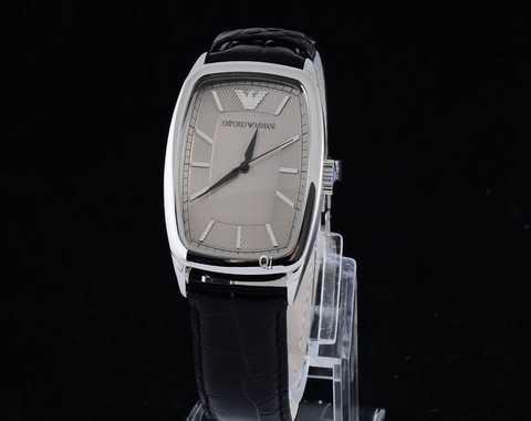 Montre femme bracelet metal guess montre galerie lafayette - Montre guess homme nouvelle collection ...